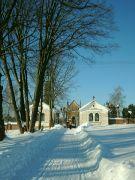 Cesta ke hřbitovu