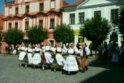 Tanečky na náměstí