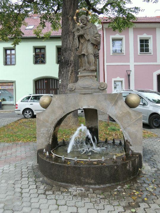 Fontána sv. Jana Nepomuckého