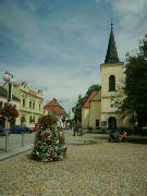 Náměstí s kostelem sv. Mikuláše