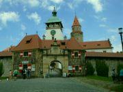 Hrad Bouzov - první brána