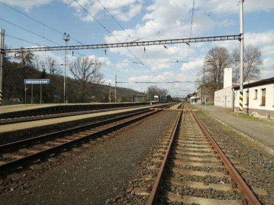 Zpátky na nádraží
