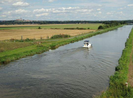 Vraňansko-hořínský plavební kanál