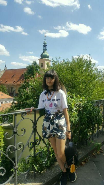 V Praze :3