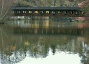 Most pod hradem