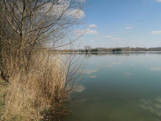 Jezero Mezi mosty