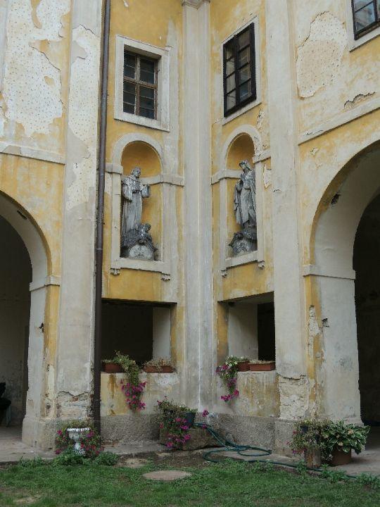 Františkánský klášter v Hájku